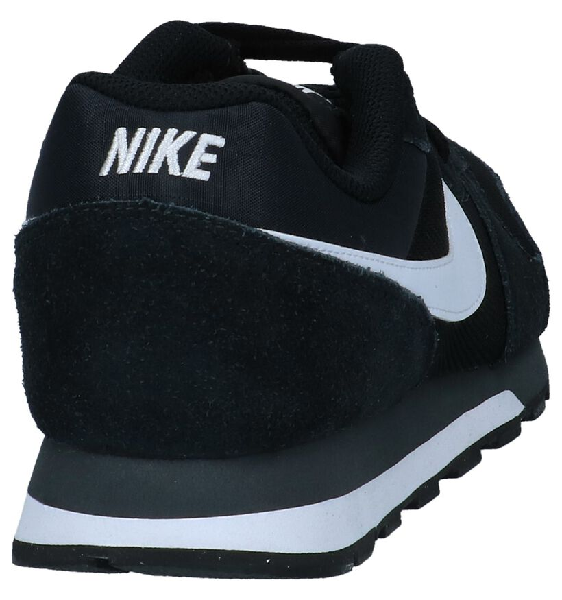 Zwarte Nike MD Runner 2 Lage Sneakers in daim (234112)