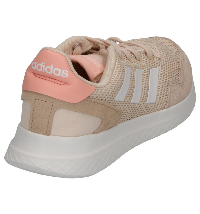 adidas Archivo Beige Sneakers in daim (252611)