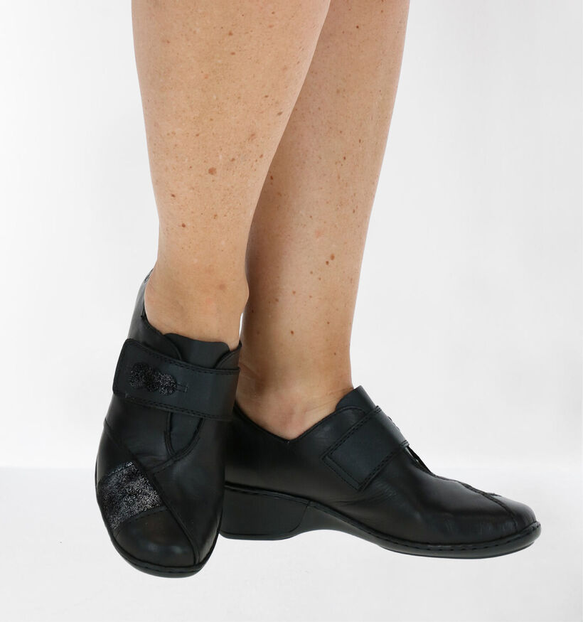Rieker Zwarte Klittenbandschoenen in leer (282727)