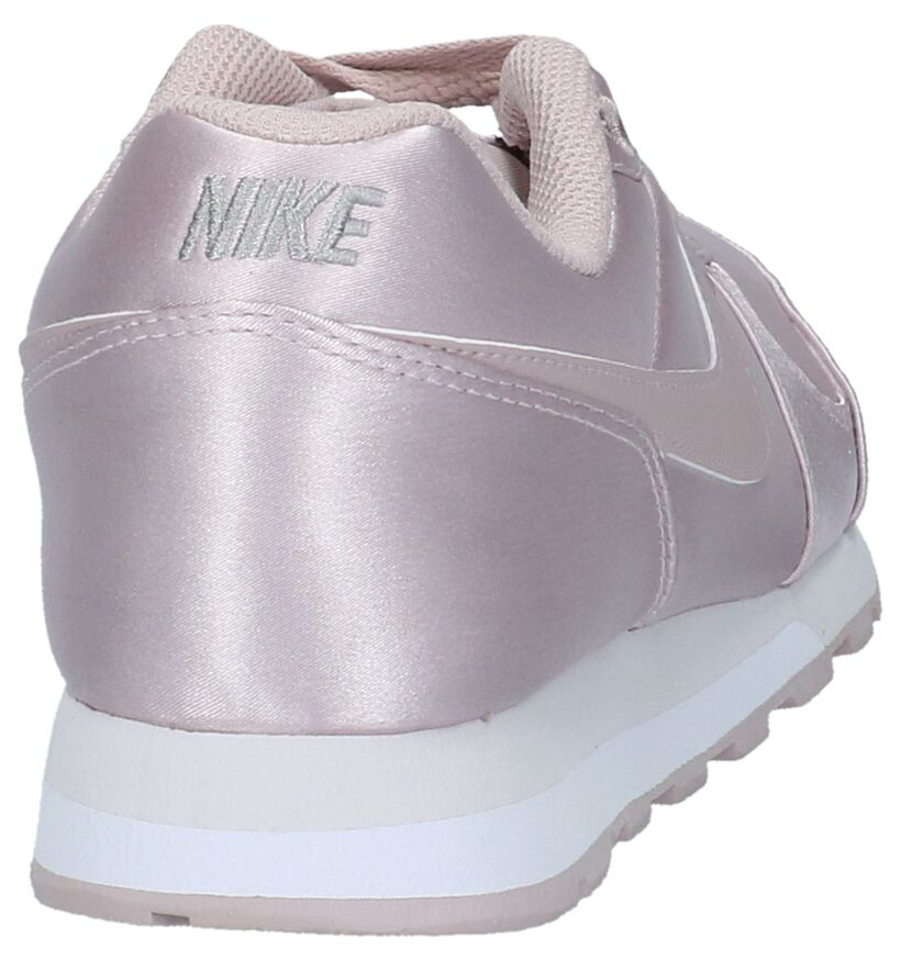 Rose Gold Sneakers Nike MD Runner 2 in stof (209818)