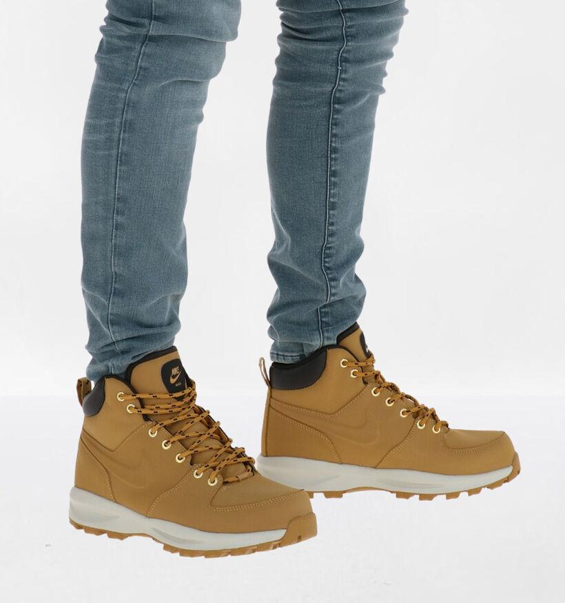 Nike Manoa Naturel Sneakers in nubuck (283876)