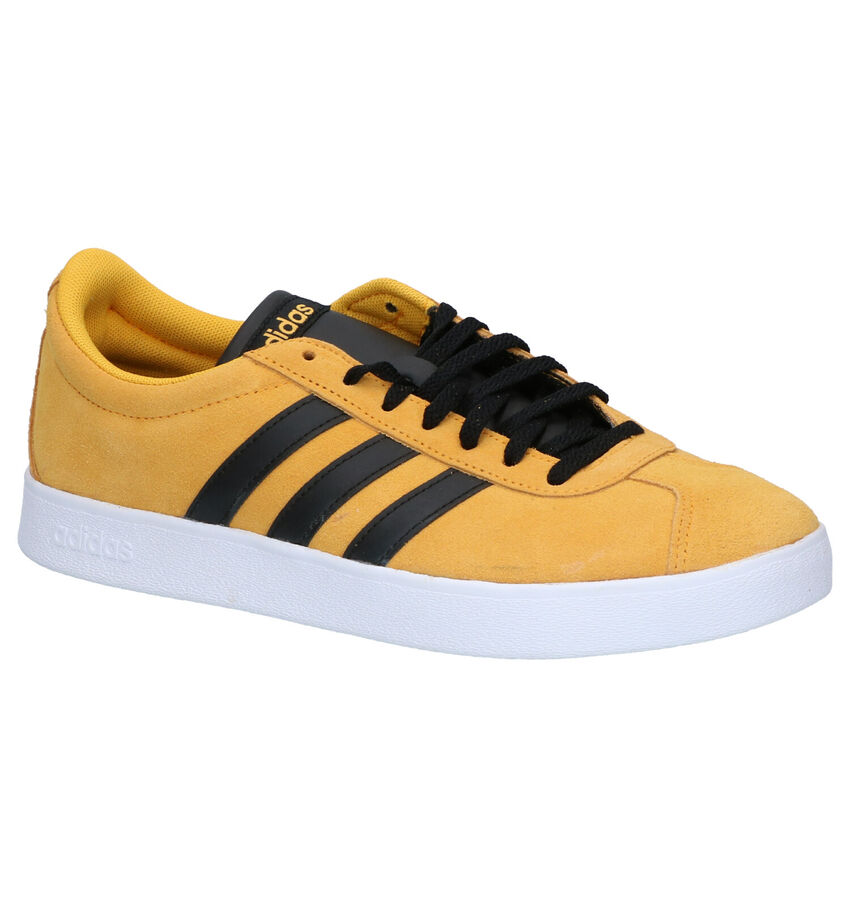 adidas Court Gele Sneakers