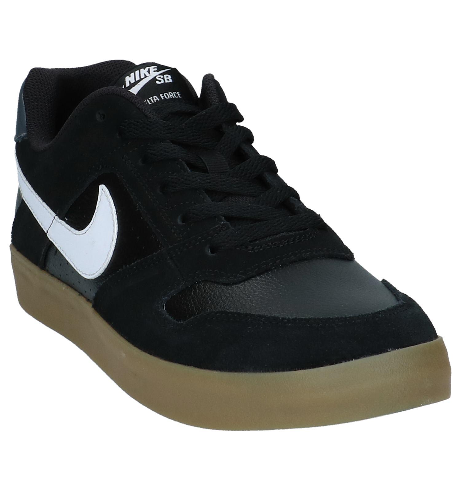 Zwarte Skateschoenen Nike SB Delta Force Vulc
