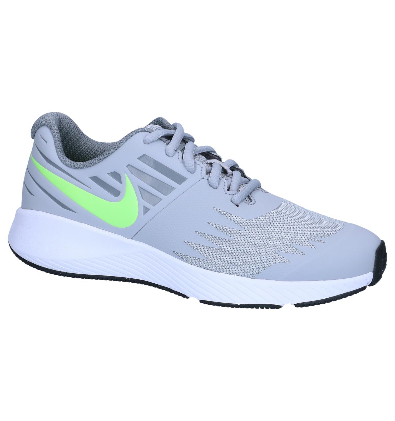 01b0bb0ce14 Grijze Runners Nike Star Runner GS | SCHOENENTORFS.NL | Gratis verzend en  retour